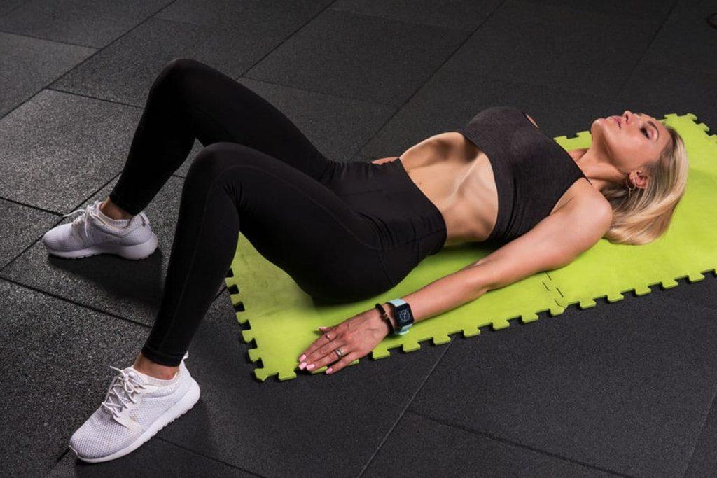 femme fitness abdos ventre plat vacuum live for change programme entrainement